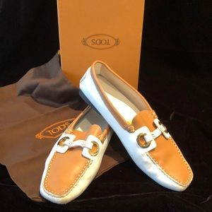 TODS two tone leather driving shoe